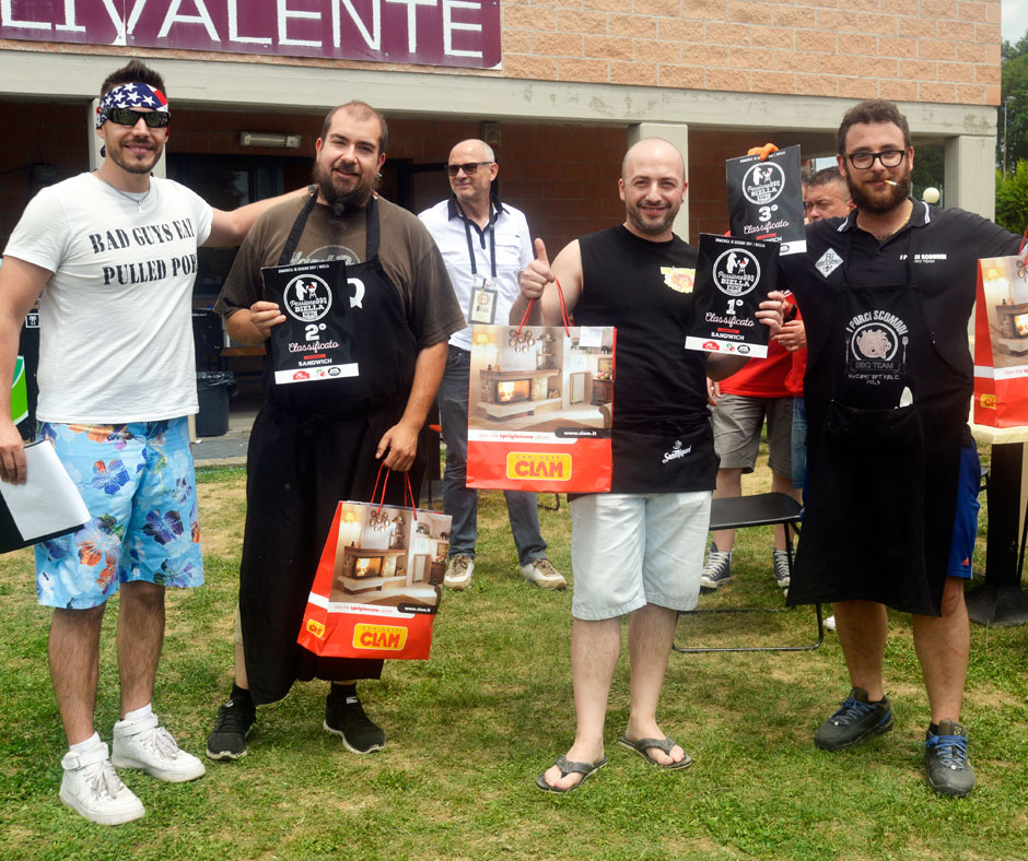 Sandwich: 1º posto: Hollywood Barbecue BBQ Team, 2º posto: BarbeQ BBQ Teame 3º posto: I Porci Scomodi BBQ Team