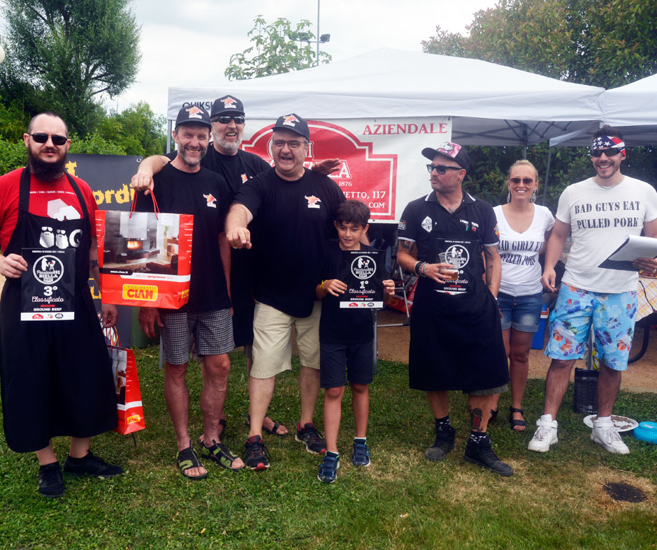 Ground Beef: 1º posto: The Burning Bulls BBQ Team, 2º posto: I Porci Scomodi BBQ Teame  3º posto: BarbeQ BBQ Team