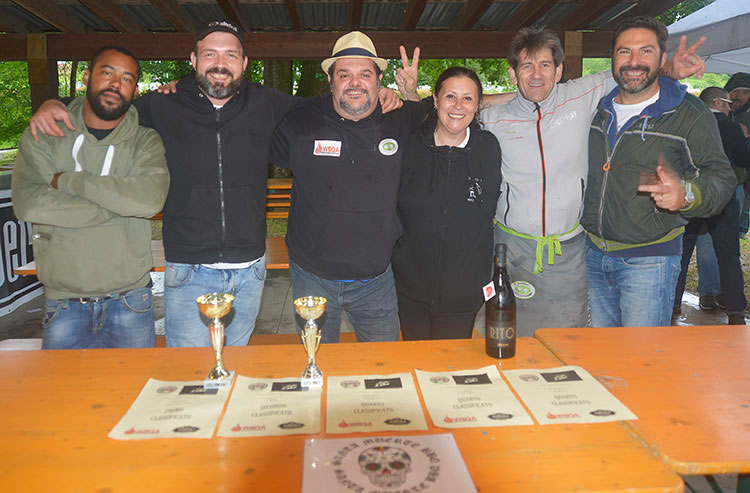 Santa Muerte (Reserve Champions - Three Tower's Barbecue Fighting) - Julien Baraldi, Luca Bini, Matteo Tassi, Clara Alimenti, Don Scalmanini e Valter Beltrami